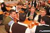 eselrennen_hh18_0385 (bayernwelle) Tags: eselrennen holzhausen 20 mai 2018 teisendorf bgl berchtesgadener land wieninger bier bierzelt esel treiber tradition brauchtum bayern oberbayern bayernwelle fotos foto spas pfingstfest