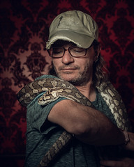 USA - Truckee - 20180423 - 1014.jpg (livrePEDRO) Tags: portrait cinematic nature moody 4x5 fujifilm red california male wild backdrop trip intense dramatic snake usa face shapes vertical mystic texture editorial colorful wildlife travel pattern unitedstatesofamerica inside man scary adventure lifestyle terror animal redlight