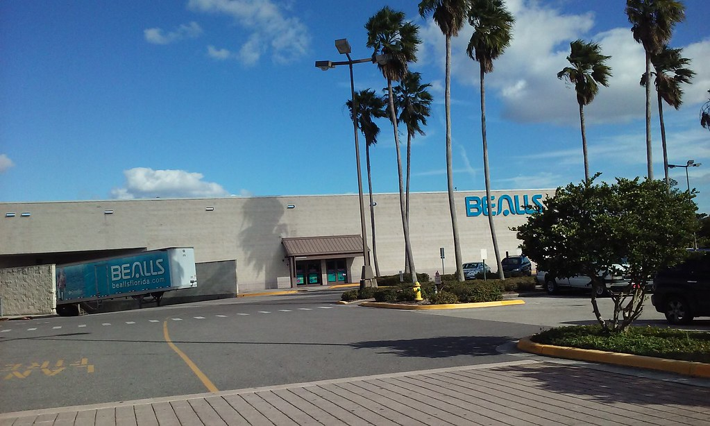 Apr 23, · CLEARWATER — The Westfield Countryside Mall Sears will close in mid-July as part of Sears Holdings' latest store cuts, bringing the number of shuttering Kmarts and Sears to nearly