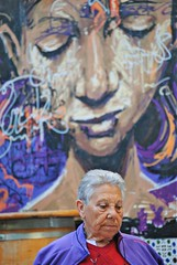 (Sa Shula de Tarifa) Tags: málaga andalucía andalusia españa spain ciudad city mujer woman persona person colores colours la invisible graffiti purple morado málaganosevende pensamiento thought juventud youth edad age vida life