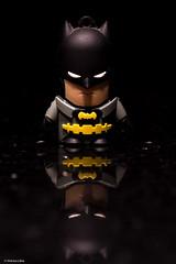 Low Key (Vinicius_Ldna) Tags: 7687 macromondays lowkey batman morcego pendrive poucaluz sombras shadow reflection reflexo reflections dark darkness escuro macro canon 50mm 50tinha londrina brazil