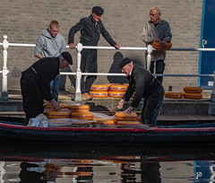 Alkamaar Cheese Boat (Rocacidi) Tags: holland amsterdam people colours cheese boat canal gouda market alkmaar netherlands