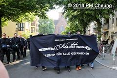 Unangemeldeten Demonstration für Lisa und Thomas - Berlin - 12.05.2018 – IMG_3511 (PM Cheung) Tags: antifa demo protest kundgebung diskussionsundchaostage2018 polizei berlin rigaer94 demonstration autonome dorfplatz 12052018 mengcheungpo 2018 krawalle ausschreitungen diskussionsundchaostage herrfurthplatz demonstrationfürlisaundthomas solidaritätsdemonstration pmcheung neukölln friedrichshain repression facebookcompmcheungphotography chaostage umsonstflohmarkt kadterschmiede lunte stadtteilladenlunte nordneukölln solidarität weisestrase linksradikale