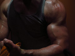 FLEXING BIG BULGING BICEPS (FLEX ROGERS) Tags: biceps muscles muscular workout bodybuilder bodybuilding flex flexing peak abs pecs chest guns fit musclemodel pumped massive