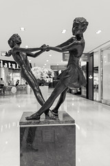 With and without shoes (leadin2) Tags: wisma atria shopping centre orchard singapore city black white blackandwhite statue sculpture dancing 2017 canon eos m6 efm 22mm f2 stm canonefm22mmf2stm art