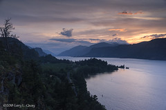 Ruthton Point, May 2018 (Gary L. Quay) Tags: ruthton point ruthtonpoint oregon hoodriver hood river columbia gorge columbiagorge sunset twilight dusk pacific northwest nikon d810 gary quay garyquay