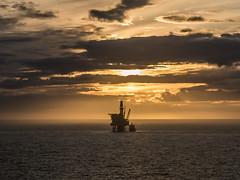 Offshore Sunset (Craig Hannah) Tags: sunset sun evening light oil oilrig platform offshore northsea gas boat vessel craighannah april 2018 scotland sea water uk industry
