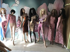 Mannequins (capricornus61) Tags: display mannequin shop window doll dummy dummies figur puppe schaufensterpuppe art face body wallpaper indoor home female feminine women weiblich frau sammeln collecting