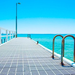 Port Arlington Victoria #portarlington #portarlingtonpier #familydestination #melbourne #landscapephotography #tourismvictoria (Lee (Tinka77)) Tags: instagramapp square squareformat iphoneography uploaded:by=instagram clarendon