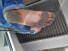 dirty city feet 544 (dirtyfeet6811) Tags: feet sole barefoot dirtyfeet dirtysole cityfeet