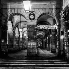 """Urban_Night"" (giannipaoloziliani) Tags: flickr downtown architecture architettura arcs walking italy italia notte deferrariplace piazzadeferrari deferrari dark darkness lights urbannight urbanstreet urbanexplorer streetphotography night genova genoa nikonphotography nikoncamera nikon"