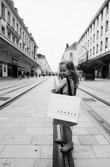 . (Film_Fresh_Start) Tags: 24x36 argentique ilfordfp4400 pentaxmx pentaxsmckseries30mm28 slr film nb bw enfance childhood