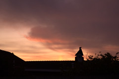 sunset - friday night (andreavallejos) Tags: africa sunset d50 southafrica capetown secondlook almostmissedit slowlight