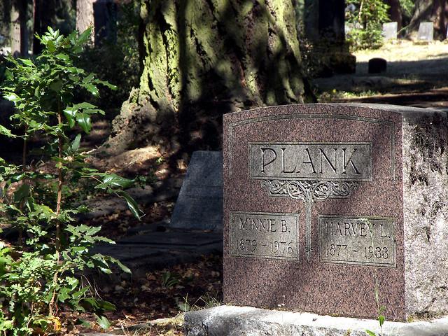 Plank Grave