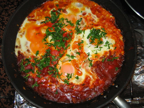 Deelish Recipes: SHAKSHUKA - Tomatoes and Eggs Arabian Breakfast ...