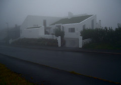 White house, dark morning (Jan Egil Kristiansen) Tags: fog architecture faroeislands tke sodroof trshavn froyar hoyvk millumgilja torvtak flagtak dscf3260