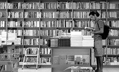 Reading..... (ido1) Tags: man reading book israel telaviv books read buy dizengofcenter