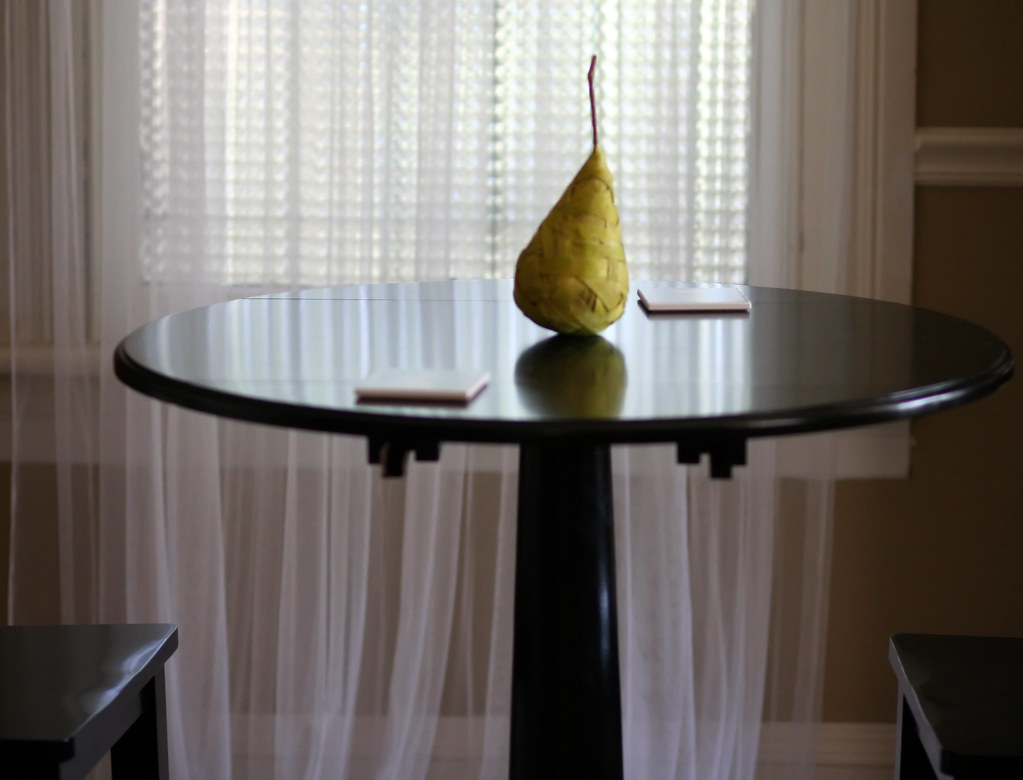 Pub Table Pear