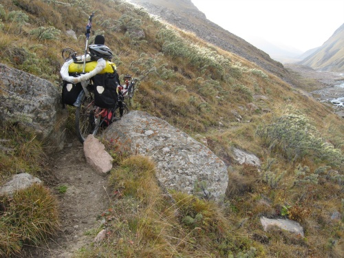 Tight squeeze - lucky I had walked the low panniers an hour ahead, Kerege-Tash Pass