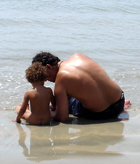 Conversation (Jaswant Zafar) Tags: sea people beach father goa hun parenting zafar