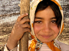 I'm IRANIAN...........and wish you a great weekend (HORIZON) Tags: portrait love face smiling happy kid iran weekend horizon persia portraiture passion iranian lovely lind theface faes fsftsblog peae lindness realiranian