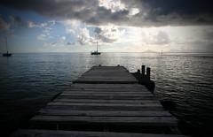 Pier (iko) Tags: voyage travel sky cloud 1025fav 510fav island pier boat screensaver francaise ile ciel nuage ponton polynesie oceanie interestingness94 i500 huahin