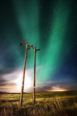 Power (magnusmagnus) Tags: light green grass night d50 painting stars lights iceland nikon power with norden aurora 24 nikkor reykjavk f4 1224 borealis grtta ljs norur electricyty