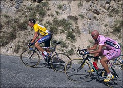 Lance%20and%20Pantani%202000%20TDF%20by%20John%20Stanford