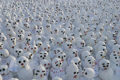 The sea of snowmen (kozyndan) Tags: snow festival japan sapporo snowman many snowmen kozyndan toomany snowfestival   goldenphotographer  lpwinter