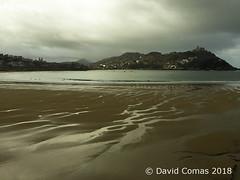 Donostia - La Concha (CATDvd) Tags: appleiphone6 euskadi paisbasc paisvasco donostia santsebastià sansebastián donosti playadelaconcha kontxahondartza platjadelaconcha february2018 catdvd davidcomas httpwwwdavidcomasnet httpwwwflickrcomphotoscatdvd coast costa landscape paisaje paisatge beach platja playa mar sea