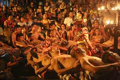 Kecak (Pankcho) Tags: ubud bali kecak dance danza indonesia baile viajes travel fire fuego legend leyenda