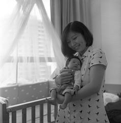 2 (Phan Hữu Lập Photography !♥!) Tags: rolleiflexautomatk4a ilfordhp5plus devlowkey18 locationhanoivietnam