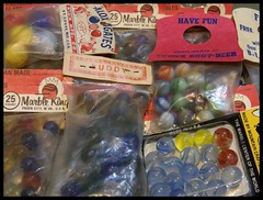 Found 'em! (Dusty_73) Tags: marbles agates mibs marble king ravenswood buddy tower root beer alox bogard kodak az901 pixpro toys collection collectible vintage antique old nostalgia