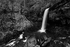 Drop in Monochrome (Ken Krach Photography) Tags: westvirginia fallsofthehillscreek