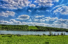 What a view...at Rother Valley country park!😁🌞 (LeanneHall3 :-)) Tags: rothervalleycountrypark green trees branches leaves blue sky skyscape white clouds cloudsstormssunsetssunrises landscape sheffield canon 1300d