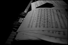 Auanders (Mr Korn Flakes) Tags: piano hands blackandwhite score auanders auand ilford hp5 film