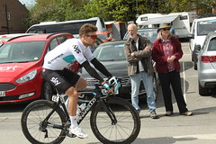 44  Owain Doull (Steve Dawson.) Tags: 44 owaindoull 42 leonardobasso teamsky uci world pro cycle team bikes pinarello dogma f10 tourdeyorkshire bike race roads tdy peloton stage1 beverleytodoncaster beverley yorkshire england uk canoneos50d canon eos 50d ef28135mmf3556isusm ef28135mm f3556 is usm 3rd may 2018