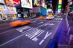 New York (marcel.roentzsch) Tags: newyork manhattan timessquare street strase nacht night farben colors verkehr traffic ny nyc taxi advertising werbung reklame reklametafel