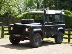 Land Rover 90, Pontymoile Basin, Pontypool 29 May 2018 (Cold War Warrior) Tags: landrover 1988 4x4 pontymoile pontypool