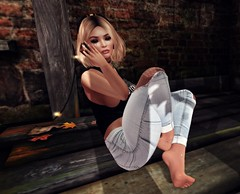 But you can't cry pretty... (autumn.fairlane) Tags: truth maitreya foxes blueberry misschelsea autumnfairlane autumnluciano blog blogger fashion izzies stellar spark