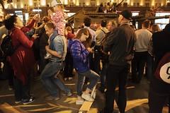 food, phone, show... (f_lynx) Tags: sonya9 sonyfe282 flynx moscow russia tverskaya crowd kid child lady girl man family parade rehearsal street night dark fun color shadows 2x3 tank howitzer сау