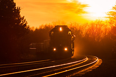 40's at Sunset (Nolan Majcher) Tags: up union pacific emd sd40n 1972 ns norfolk southern 14a vermilion oh ohio chicago line