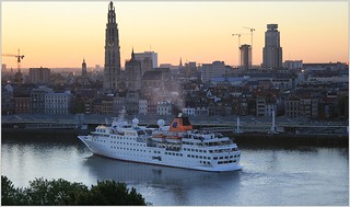 Cruise Ship MS Hanseatic ...  Hapag-Lloyd Cruises.    Turning.