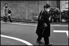 Kami-Meguro, Meguro-ku, Tōkyō-to (GioMagPhotographer) Tags: tōkyōto peoplegroup old meguroku eastofthesun kamimeguro streetscene japanproject japan leicam9 meguro tokyo tkyto