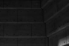 Montréal's Metro Station 45/68 - Georges Vanier - Ligne Orange (VdlMrc) Tags: montréal metro subway architecture minimaliste minimalism monochrome blackandwhite noiretblanc géométrie geometry québec canada station stm