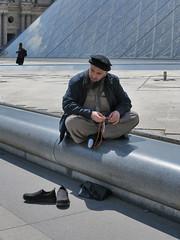 Taliban in prayer (pivapao's citylife flavors) Tags: paris france people louvre