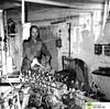 tm_7242 - Tidaholms Bryggeri (Tidaholms Museum) Tags: svartvit positiv bryggeri interiör tidaholm flaska 1950talet