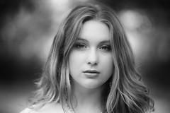 02-05-2018-11 (phonia20) Tags: portrait fille woman femme blond look regard outdoor girl pretty beautiful pentax light bokeh