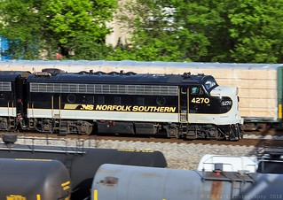 NS 955 at Chattanooga, TN