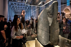 Stele di Rosetta (R.o.b.e.r.t.o.) Tags: rosettastone steledirosetta steleegizia britishmuseum londra london inghilterra regnounito england unitedkingdom cityoflondon people nikond850 granbretagna greatbritain iso6400